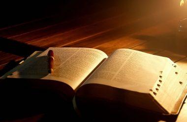 Cremos na Bíblia como Palavra de Deus