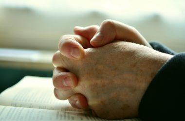 Deus é refúgio para os oprimidos